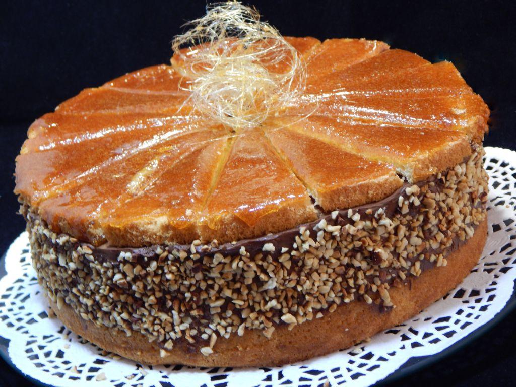 Csoki torta Dobos tetővel